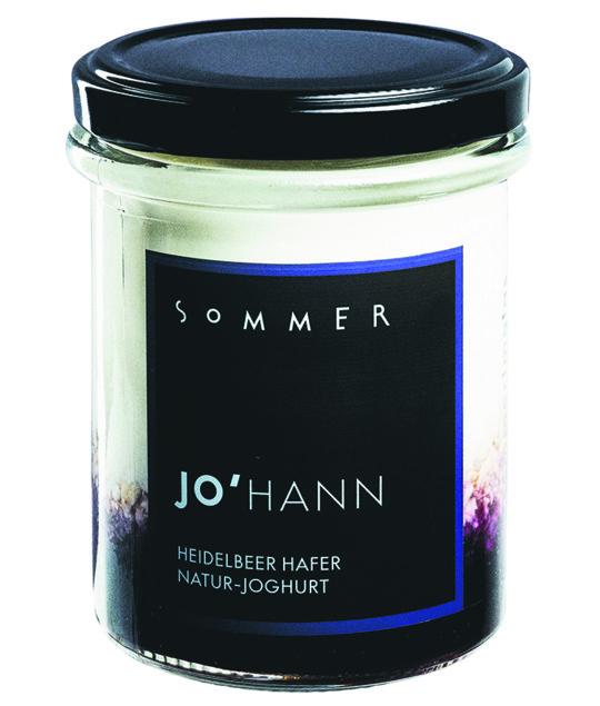 Das Sommer Natur-Joghurt Johann mit Heidelbeeren und Hafer.